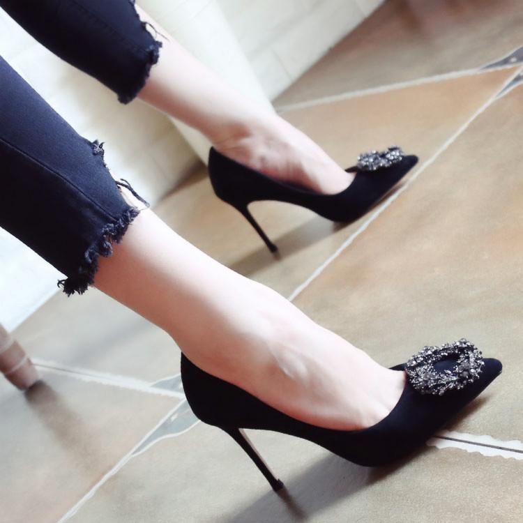 高跟鞋_欧美2017秋季新款细跟高跟鞋时尚尖头浅口鞋金属方扣水钻单鞋女鞋5元优惠券