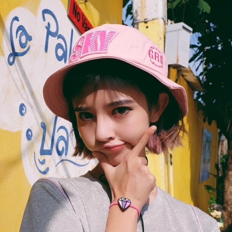 字母粉色遮阳帽