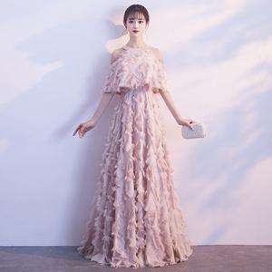 宴会晚礼服裙女2018新款端庄大气长款显瘦气质名媛挂脖粉色伴娘服