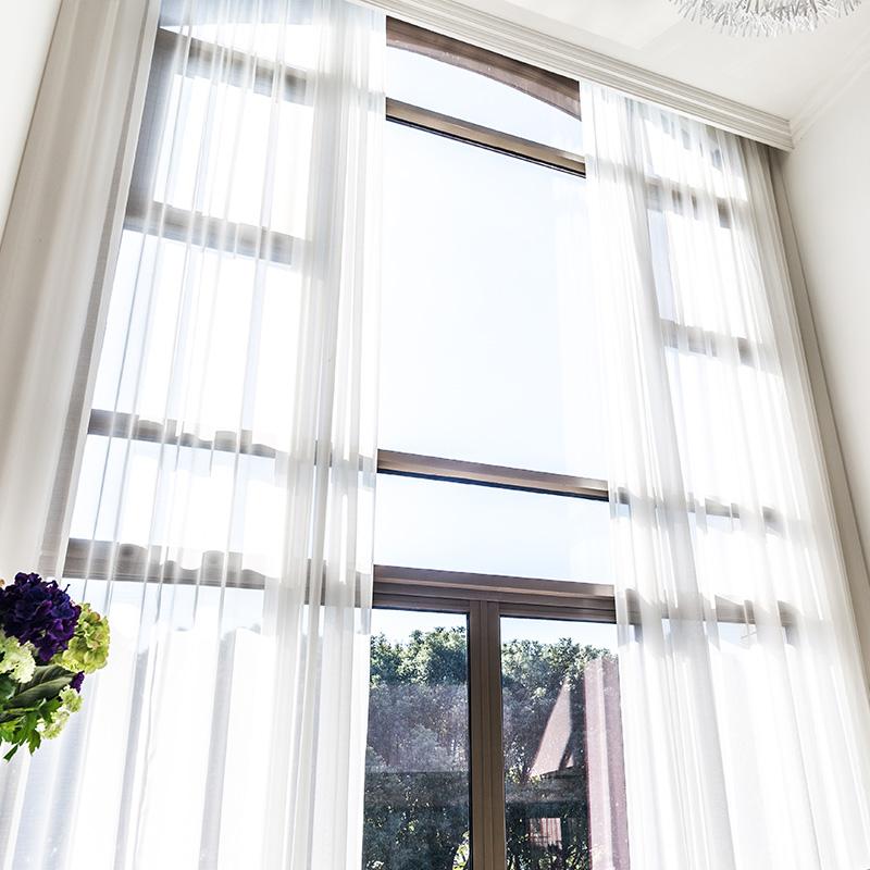别墅客厅窗纱