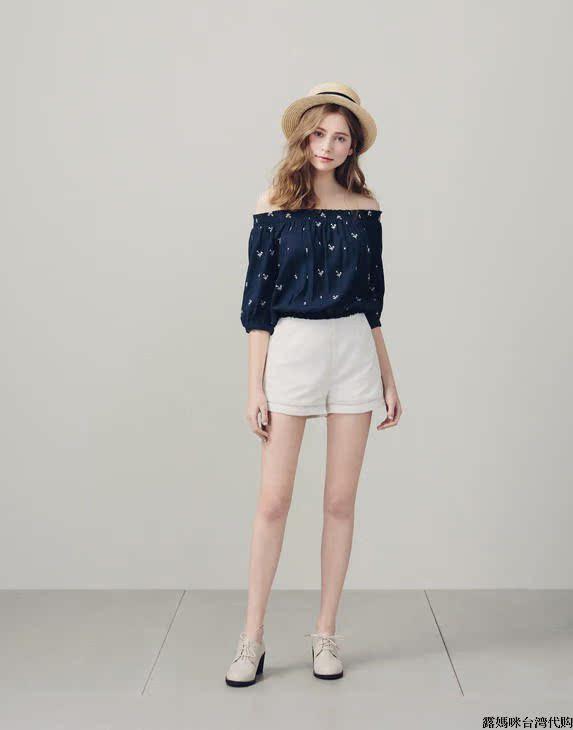 │PAZZO│ p40101464    純色花邊設計修身短褲