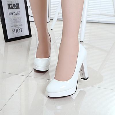 公主白色亮片红色新娘鞋拍婚纱照鞋结婚鞋防水台高跟鞋细跟女鞋子