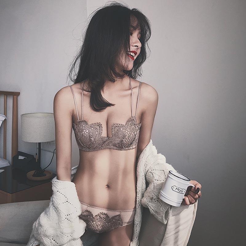 小胸内衣女聚拢无钢圈性感蕾丝美背文胸上托防下垂胸罩套装收副乳