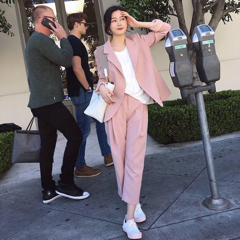 时尚女装春秋粉色休闲西装外套短款西服ANNA2019春装新款百搭