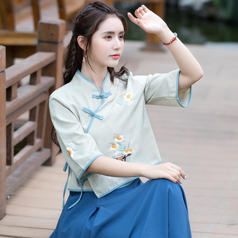 刺绣中式上衣