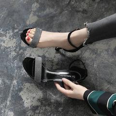 名媛新款凉鞋