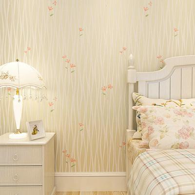 温馨床墙纸