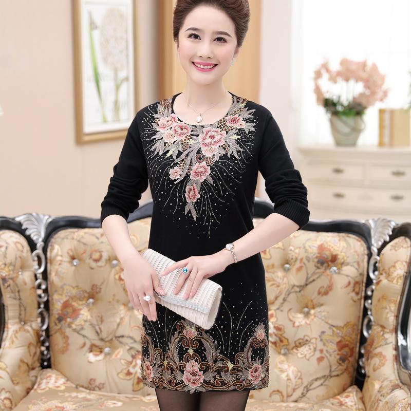 中老年妈妈装秋冬新款打底衫裙子中年女装中长款针织衫加肥加大码