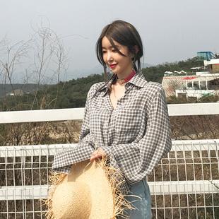 夏季韩国东大门代购复古文艺撞色格子垫肩宽松百搭长袖衬衫上衣女