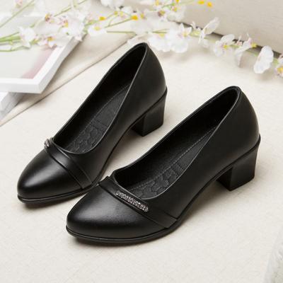 春季妈妈鞋单鞋中跟软底舒适中老年女士皮鞋粗跟黑工作鞋中年女鞋