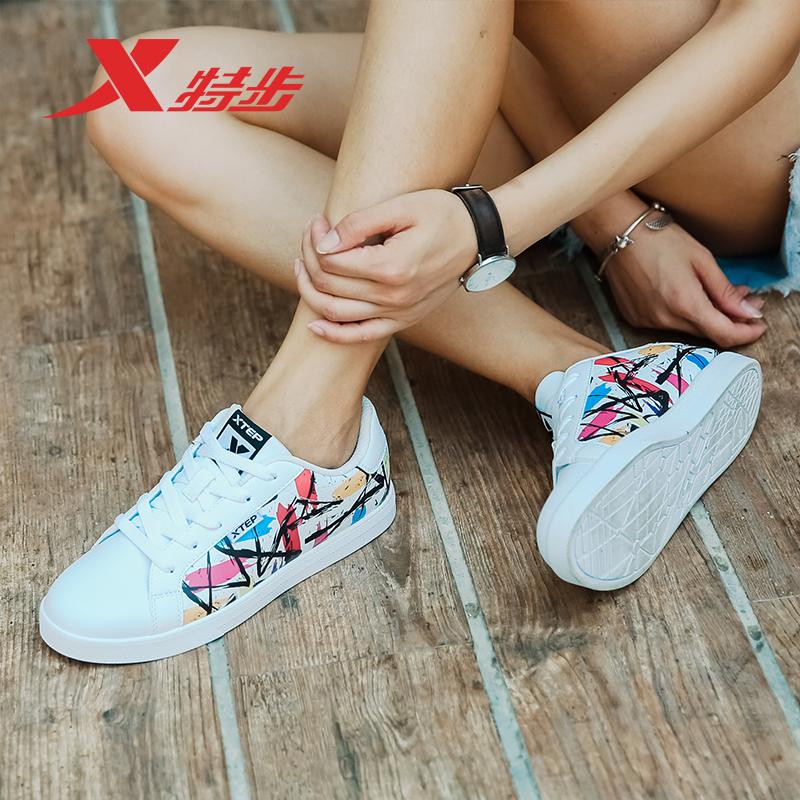 特步女鞋2019新款夏季正品时尚小白鞋学生运动休闲鞋子断码板鞋女