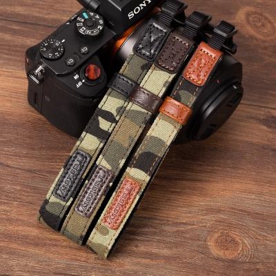 微单相机牛皮手腕带适用索尼A6300 6500 A7RM3 7M2 迷彩手挂绳带