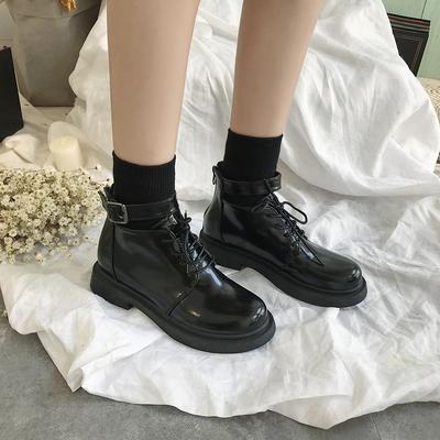 2019春韩版ins英伦骑士靴学院原宿简约街拍机车chic马丁短靴女潮