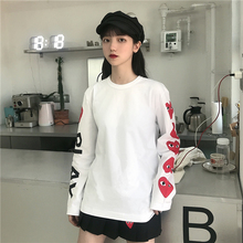 Bo Bai's Japanese Chaozhou DDCX PLAY T-shirt with long sleeves and loving heart is pure cotton loose-necked men and women's clothing for autumn.