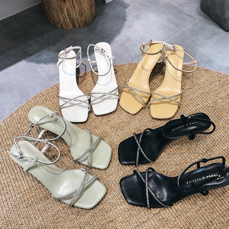 Женские сандалии и босоножки Артикул 596100894015