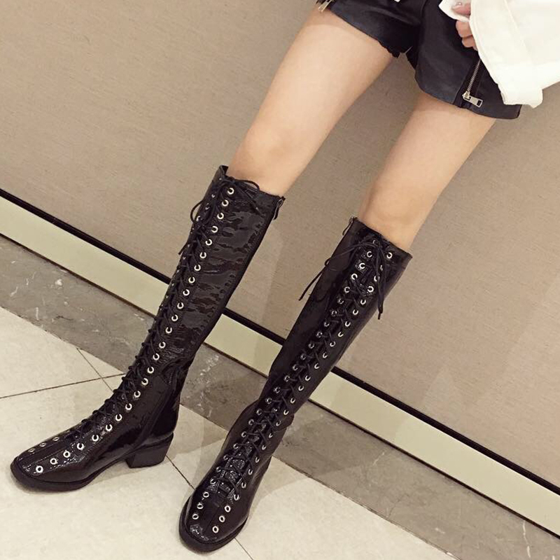 漆皮长靴女方跟2019新款欧美英伦风时尚百搭系带侧拉链骑士马丁靴
