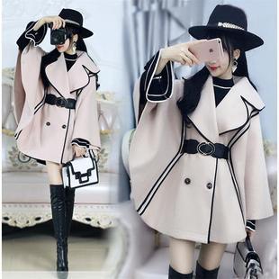 米色黑边蝙蝠袖披风气质短款毛呢女秋冬装新款韩版呢子斗篷外套潮