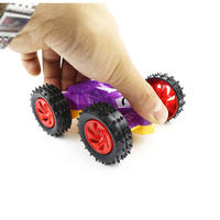 2018 new inertia car double-sided crazy inertia car children's small toy car boy gift stall supply hot