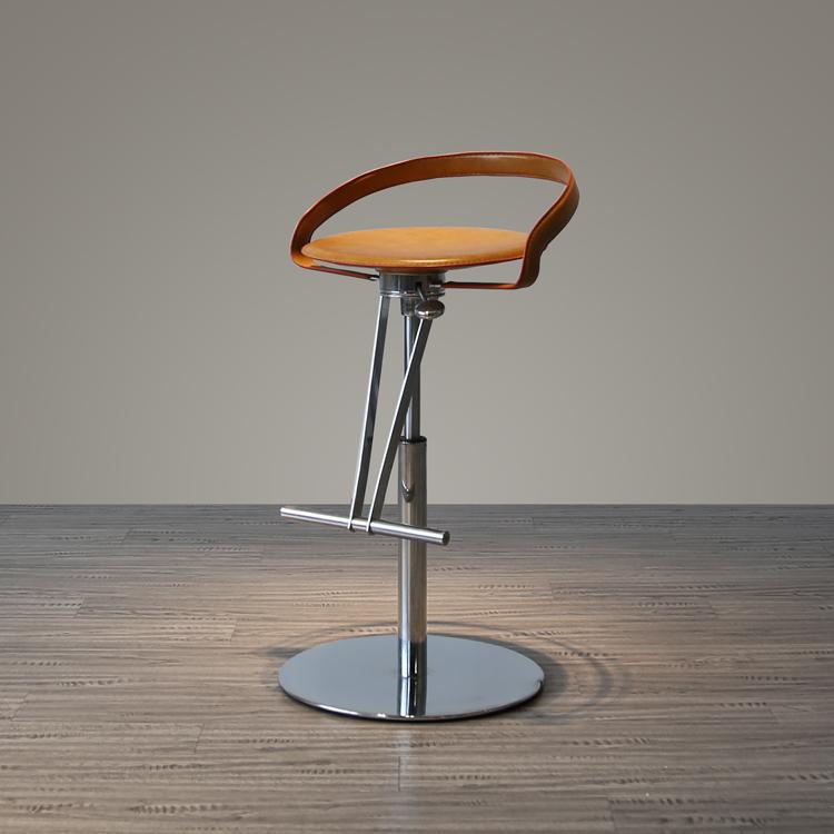 经典时尚酒吧椅