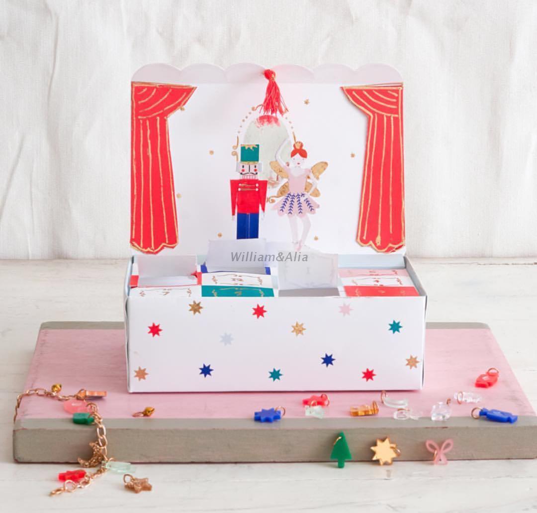 现货 |WilliamAlia儿童个性倒数圣诞节手环小盒子台历