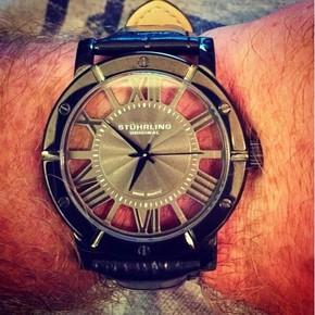 代购Stuhrling Original 881.03斯图灵酷黑镂空透明男士石英手表