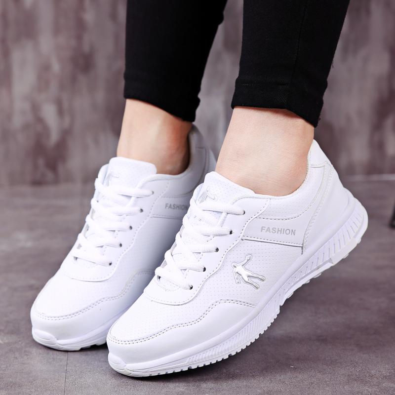 狄威 乔丹女鞋运动鞋春夏皮面透气轻便跑步鞋女学生休闲鞋板鞋361