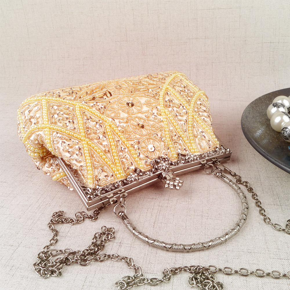 2018 spring and autumn new bag retro beaded small bag pearl clutch bag sequins
