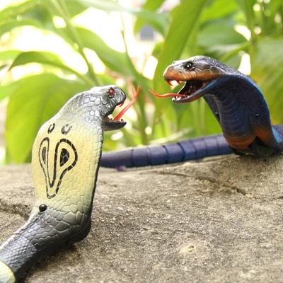 Intelligent electric remote control simulation snake creative horror animal tricky scary toys to send boys