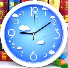 家用卧式正方形扫秒机芯静音钟表客厅石英钟卧室时钟挂表简约挂钟