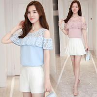 Chiffon short-sleeved female summer strapless top 2018 new openwork lace small shirt loose fairy temperament sweet half sleeve