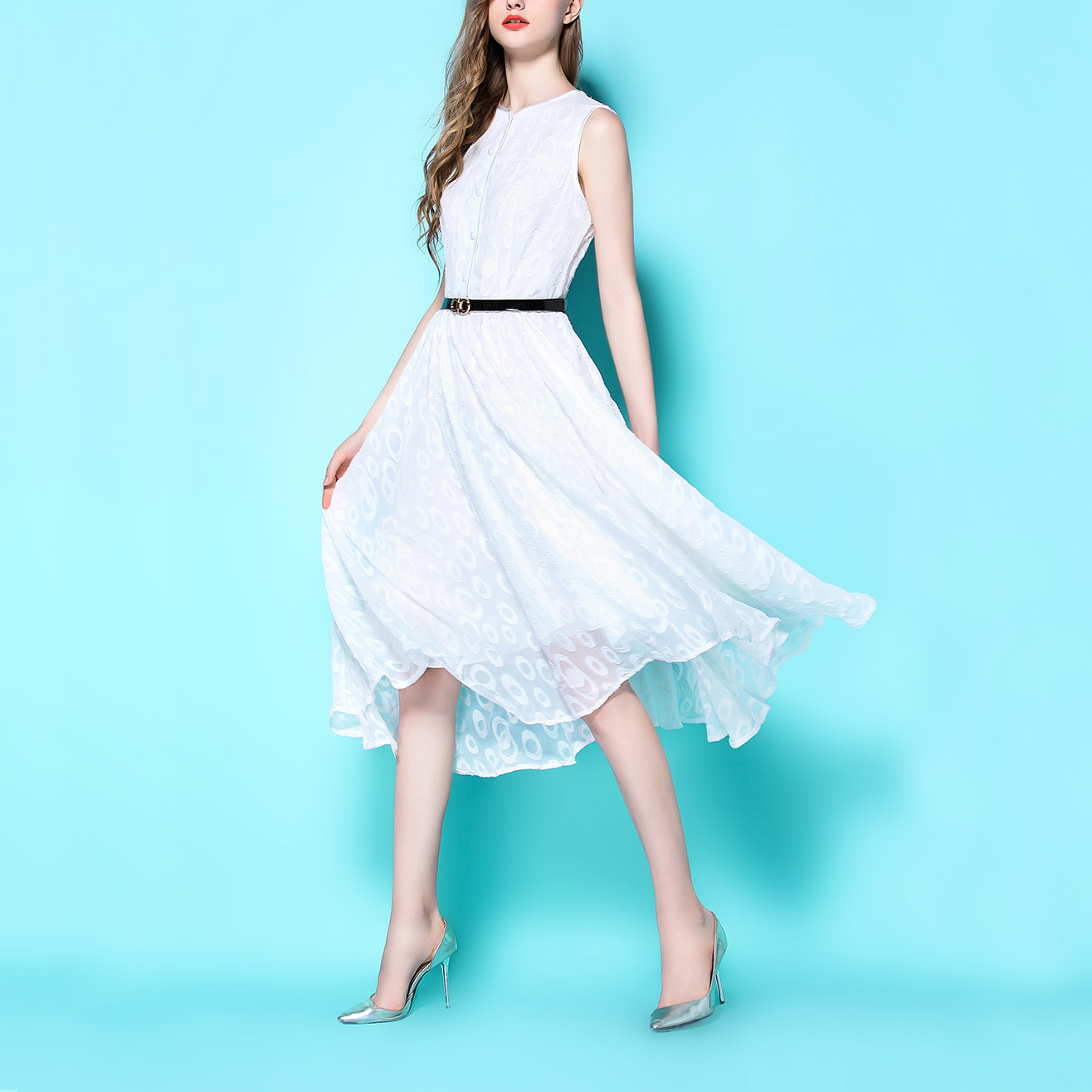 卧雪眠云~19夏新款仙女白色圆领无袖大摆复古雪纺收腰烫花连衣裙