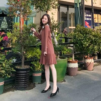 女生裙子2018新款秋韩版小清新百褶裙赫本风小黑裙气质长袖连衣裙