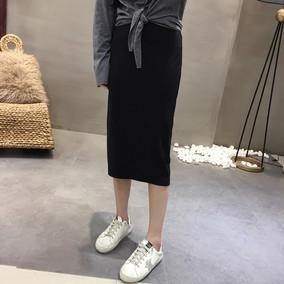半身裙  春季新款女装自然腰纯色下摆开叉性感露腿包臀半身裙8438