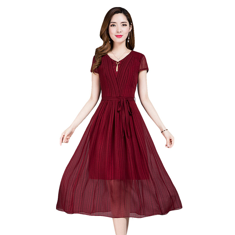 妈妈短袖夏季高贵连衣裙2018新款四十岁女人中老年过膝中长裙子薄