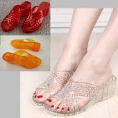 镂空高跟水晶拖鞋 女夏季浴室塑料胶家居坡跟透明花朵性感凉拖 韩版