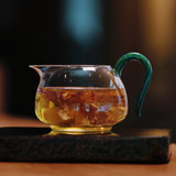 Glass, a fair tea cup, a must-have professional tea device, a small tea mother-in-law