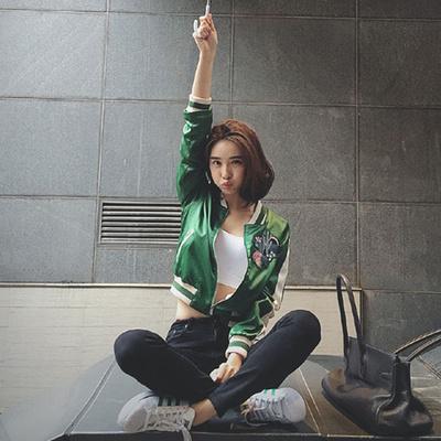 2018春装新款韩版显瘦仙人掌刺绣棒球服飞行员夹克修身短款外套女