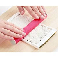 Sakura Sushi Mould Wrapping Pan Decorative Paw Rice Ball DIY Laver Pack Rice Cooking Sushi Tool Set