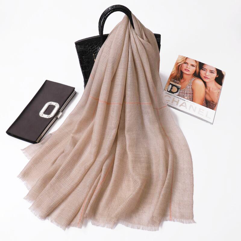 黑白羊绒围巾