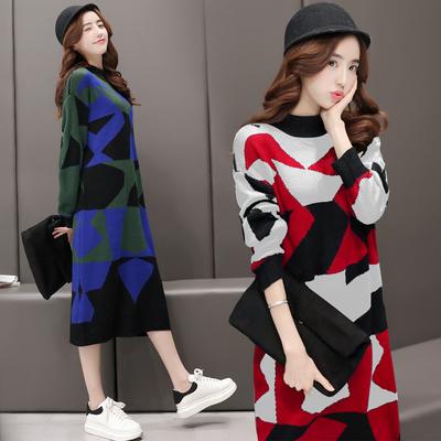 韩版超长款过膝毛衣裙女秋冬新款圆领套头宽松显瘦色拼打底针织衫