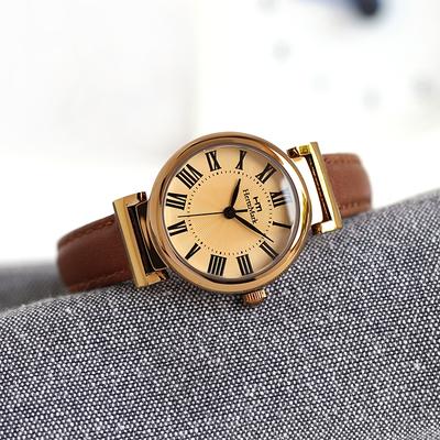 女士时装手表