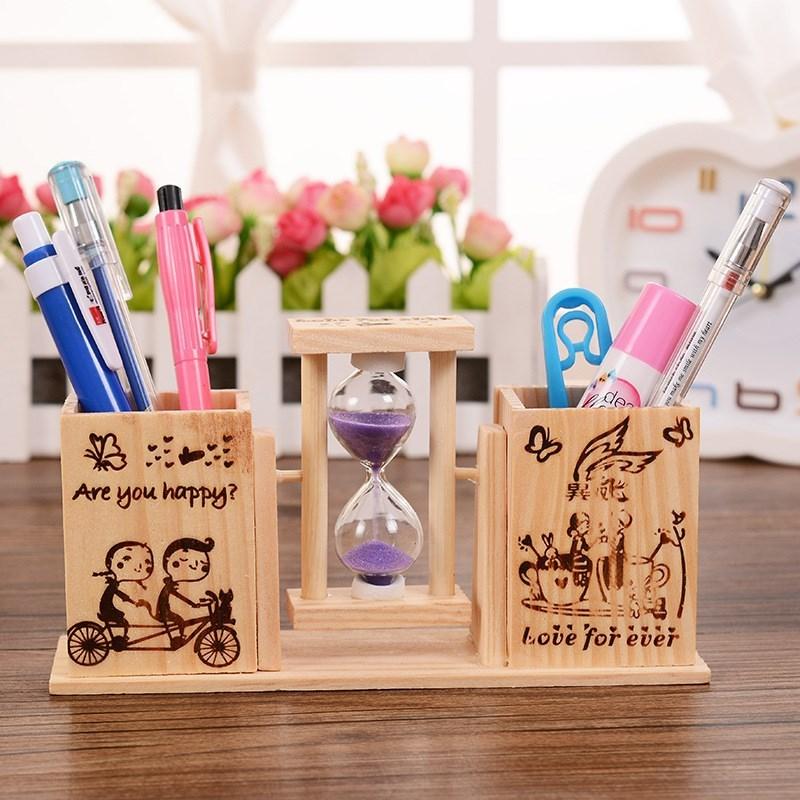 学生木质桌面卡通双筒笔筒带旋转沙漏可爱办公桌创意笔插收纳摆件