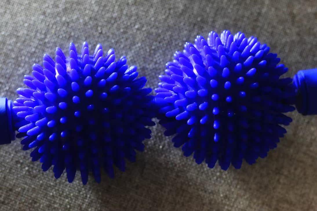 台湾正品两刺球两滚轮按摩棒瑜伽按摩滚轮棒身体指压瑜伽棒两球