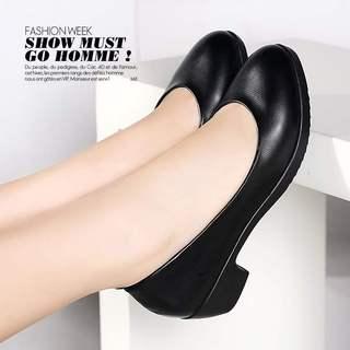 舒适软皮四季单鞋工作鞋职业中跟粗跟春秋高跟鞋大码防滑女鞋皮鞋