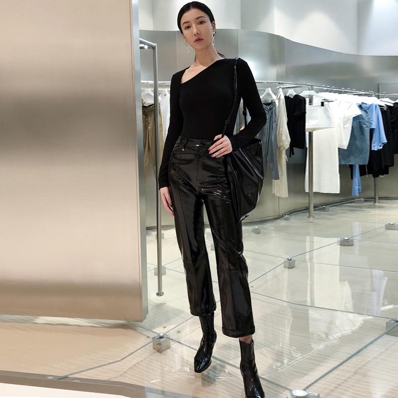 设计师YUEL XIANG斜V领连体上衣PVC九分直筒裤套装2018秋季新品