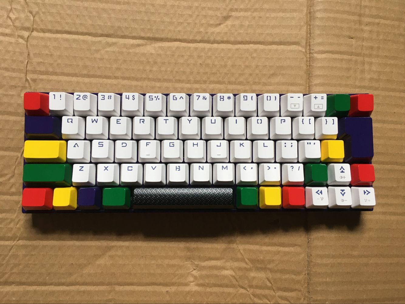达尔优机械键盘网吧