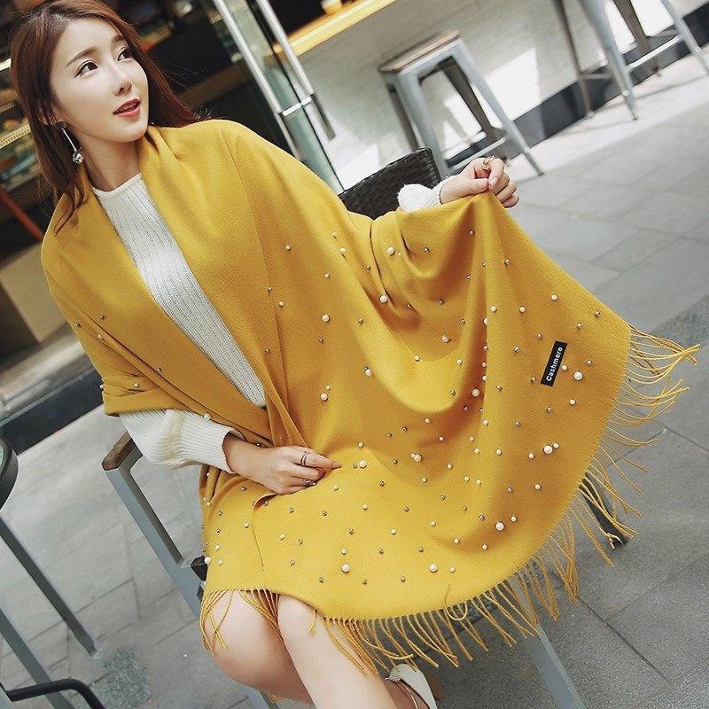 韩版手工钉珠珍珠纯色围巾女秋冬季学生加长款加厚保暖两用大披肩
