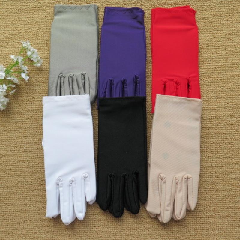 春夏季短款薄款防晒手套女士氨纶弹力开车手套秋季黑色白色手套女
