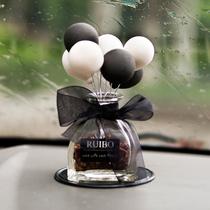 创意告白气球车载香水汽车座式香薰车内饰品摆件持久淡香除异味