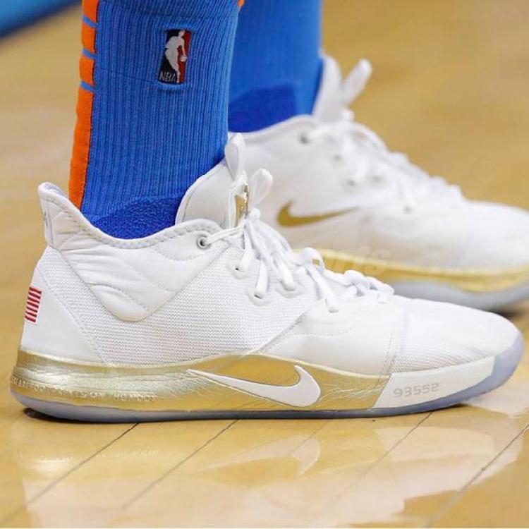 代购耐克 NIKE PG 3 NASA 女子 篮球鞋 CI8973 100